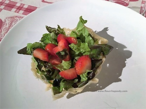 strawberries salad in parmesan basket